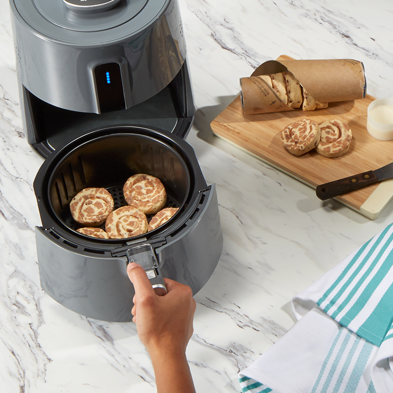 Baking Air Fryer Cinnamon Rolls