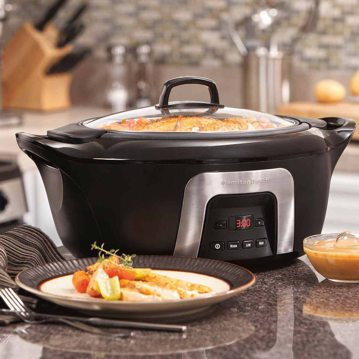 6 Quart Programmable Cool-Surround Slow Cooker (33265)