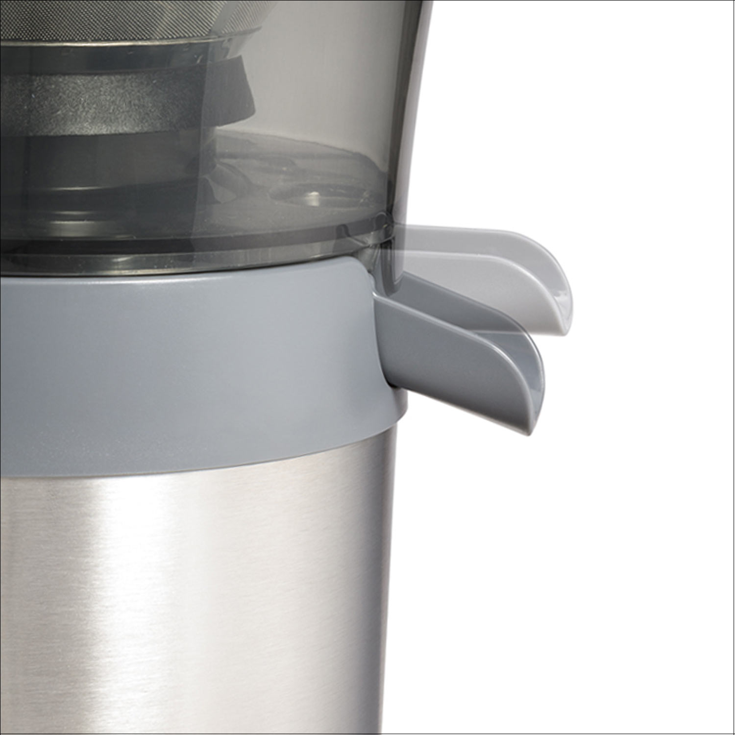 Drip-free spout keeps drips off your counter whenever you move the juice pitcher.