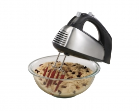 SoftScrape™ 6 Speed Hand Mixer with Case (62637)
