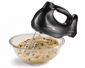 Hand Mixer with Snap-On Case (62692)