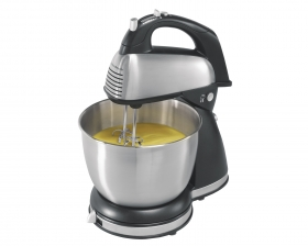 Hand/Stand Mixers.