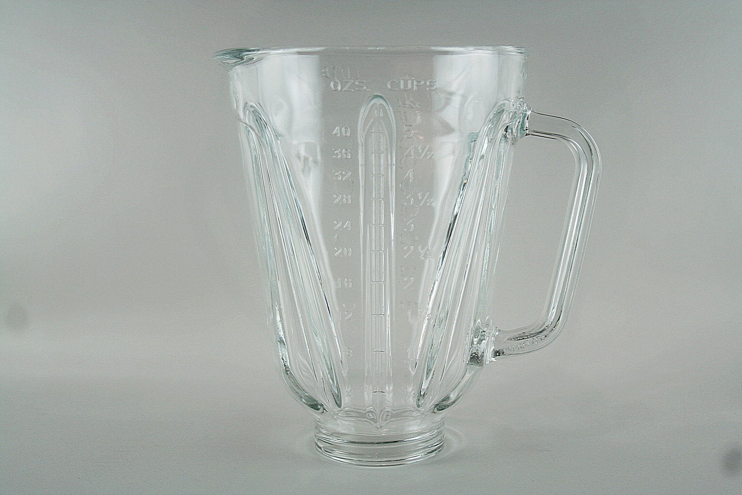 Container/40 oz Glass Blender