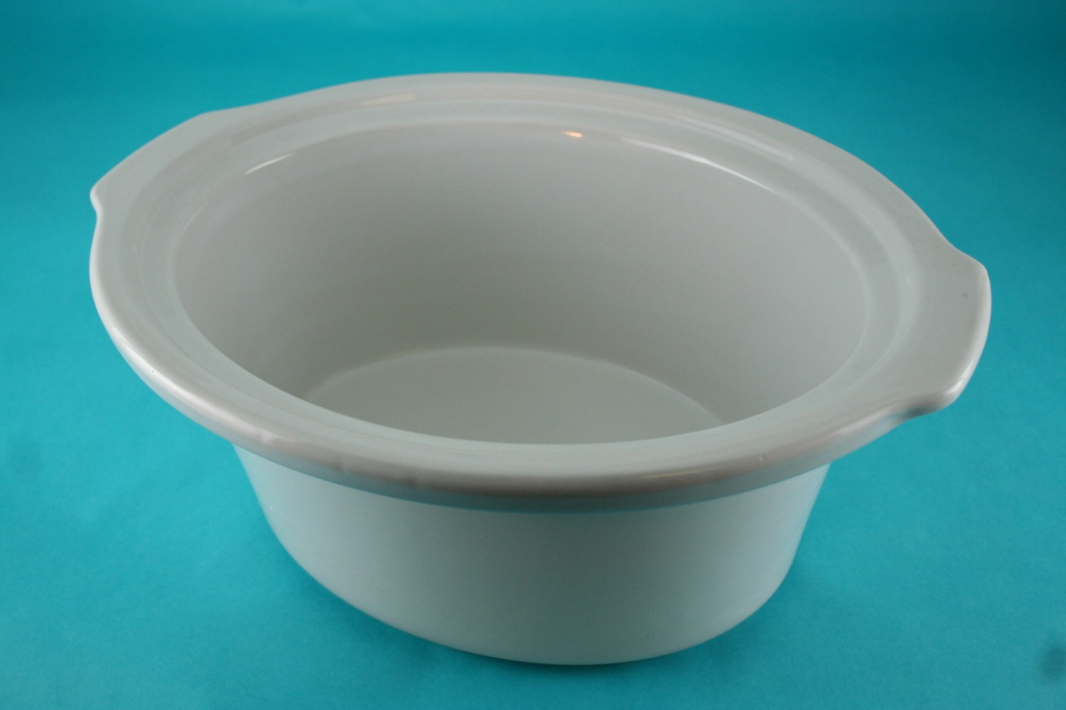 Crock-4.5/5 Qt, Oval, White