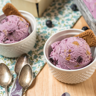 Blueberry Cobbler Ice Cream