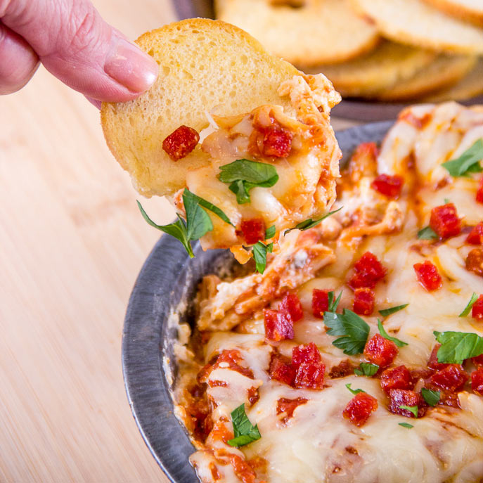 Slow Cooker New York Pizza Dip