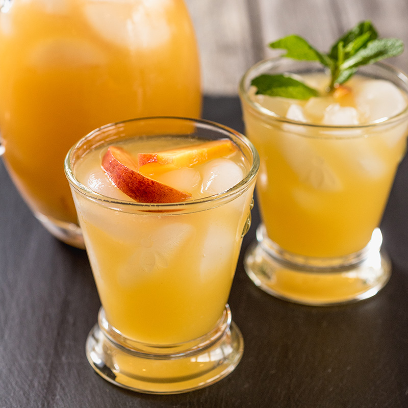 Fresh Peach Sangria