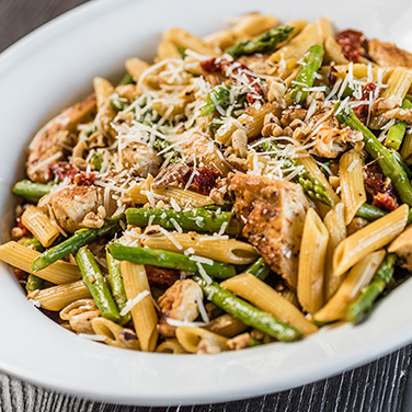 Asparagus and Chicken Penne Pasta with Lemon Butter Sauce