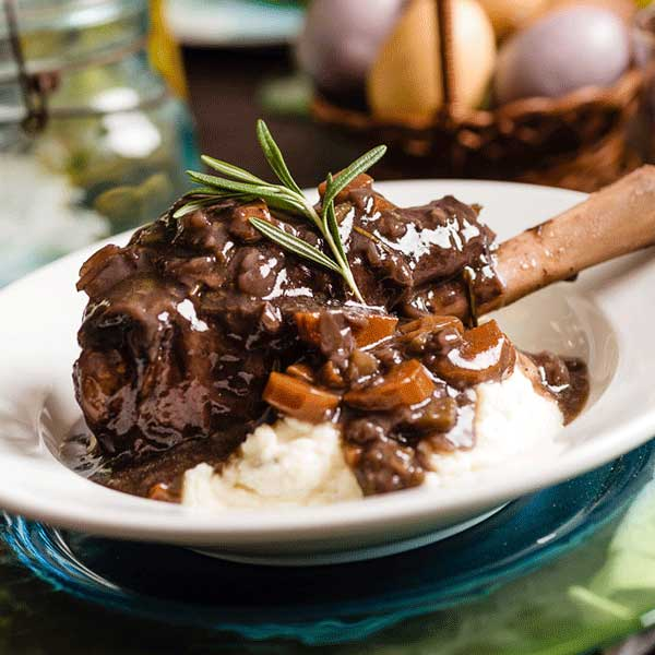 Slow Cooker Braised Lamb Shanks in Red Wine