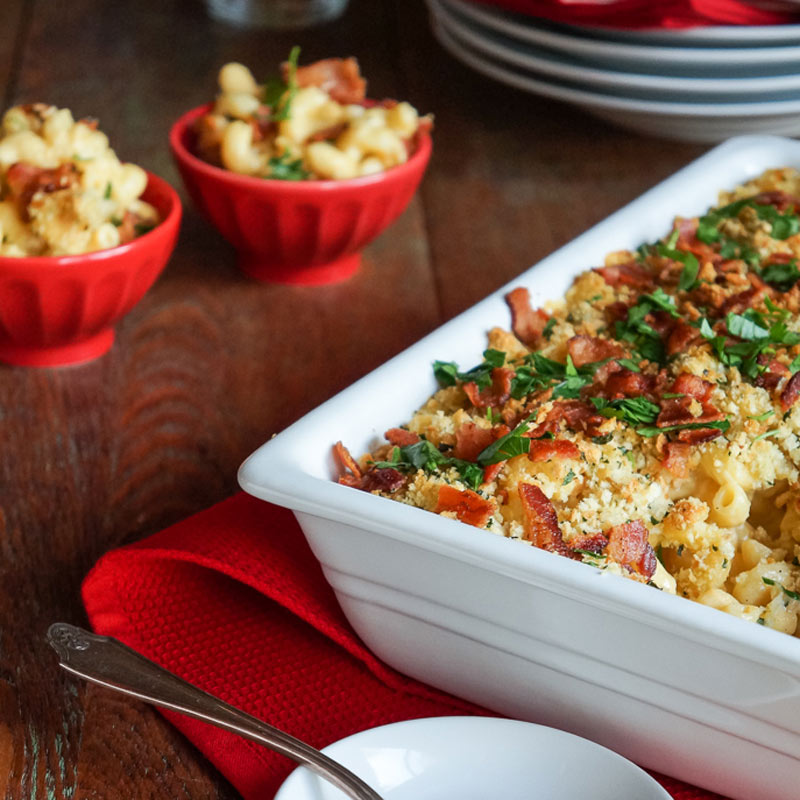 Smoked Gouda Bacon Macaroni and Cheese