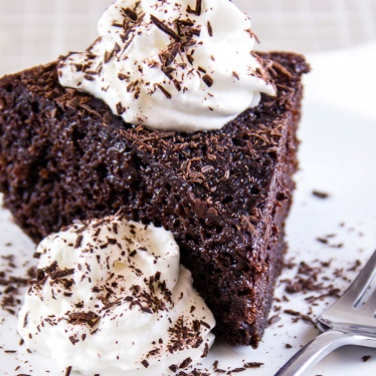 Slow Cooker Triple Chocolate Cake