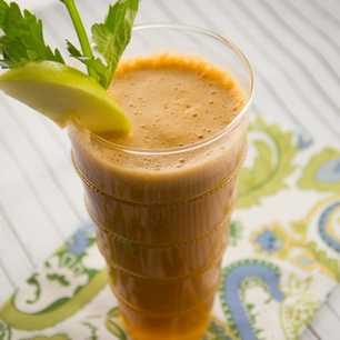 Apple, Celery and Carrot Juice image
