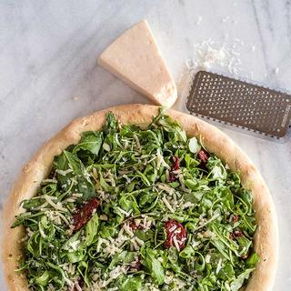 Arugula White Pizza image