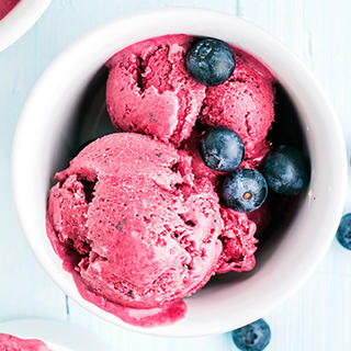 Blueberry Frozen Yogurt image