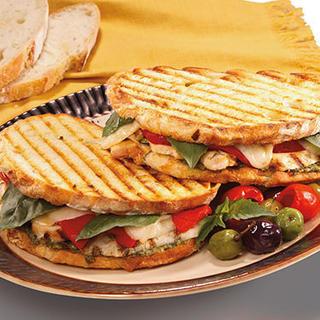 Slow Cooker French Dip Sandwich - HamiltonBeach.com