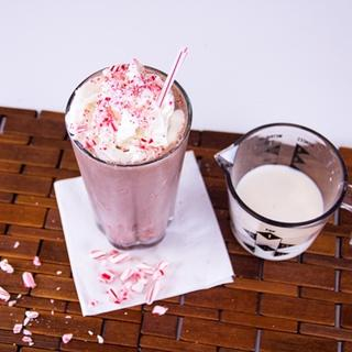 Chocolate Mint Mallow Shake image