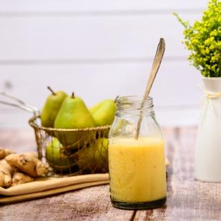 Ginger Pear Smoothie image