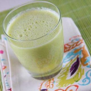 Honey Pear, Apple and Banana Juice image