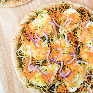 Spiralizer Veggie and Sun-Dried Tomato Pesto Pizza image